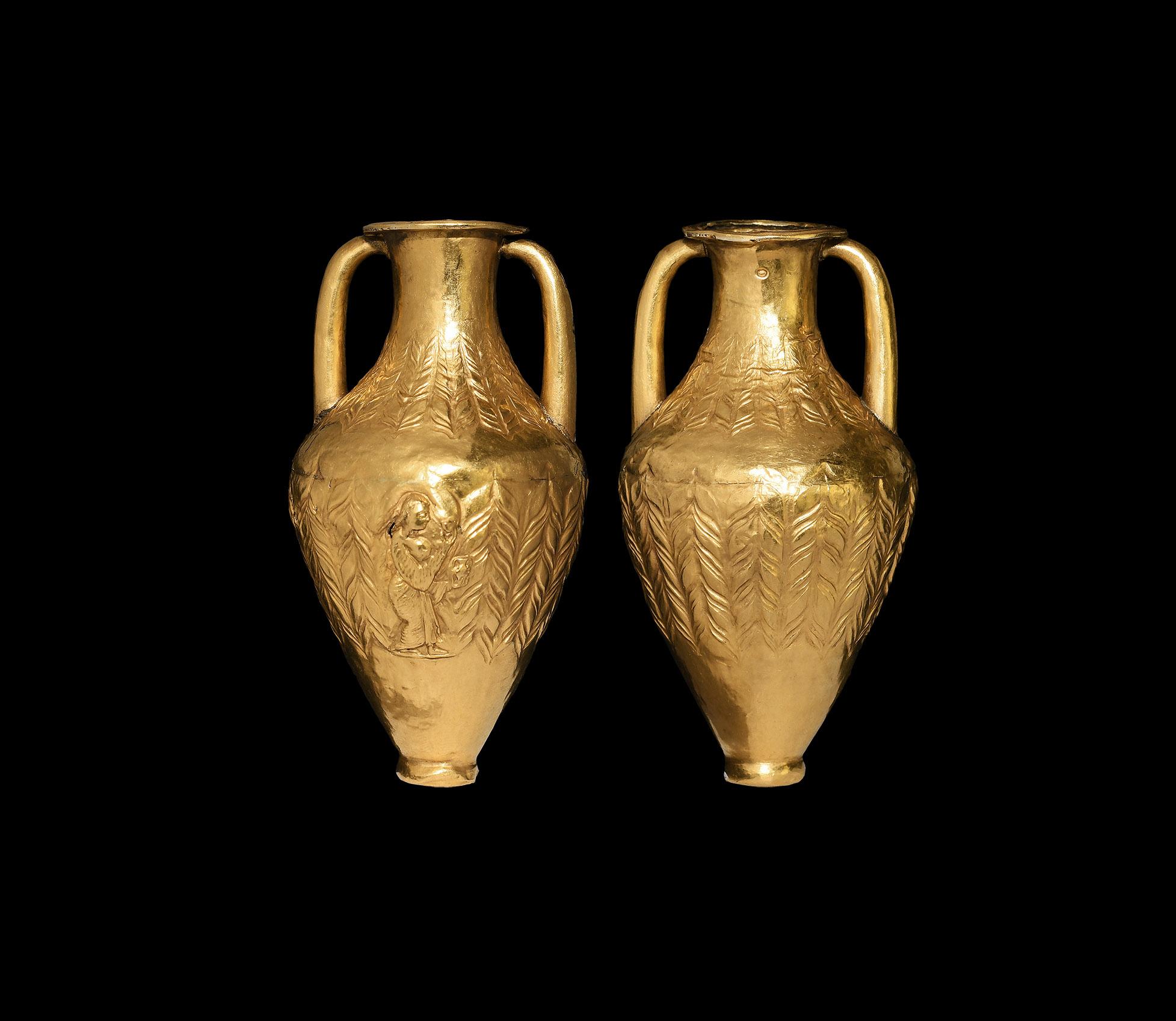 Phoenician Gold Miniature Amphora
