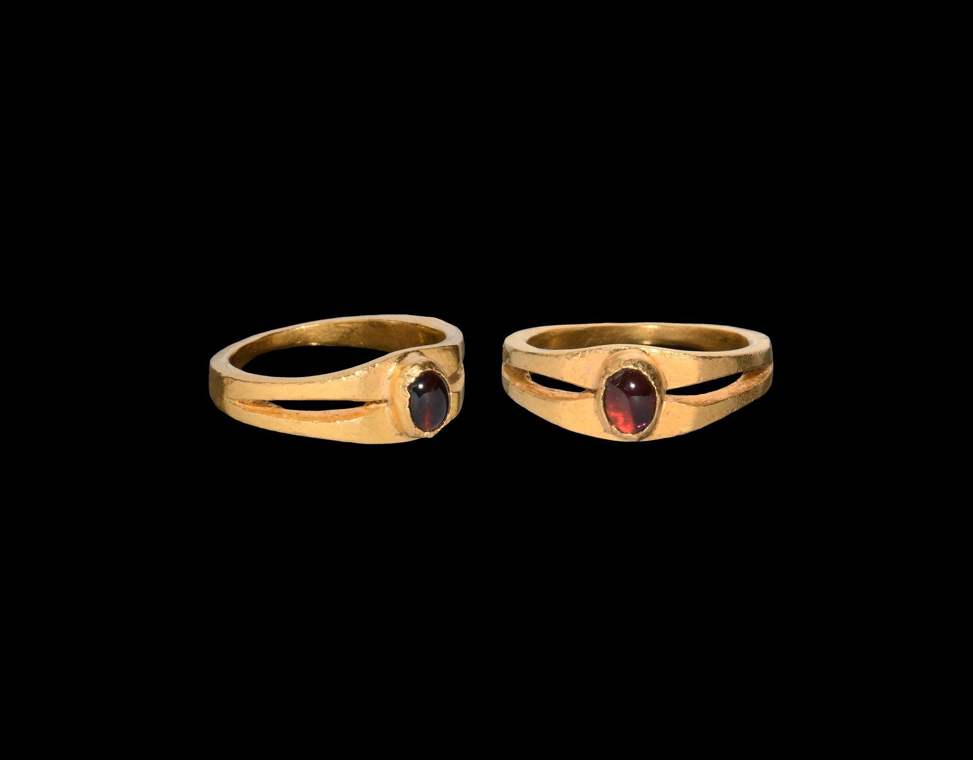Post Medieval Gold Ring with Garnet