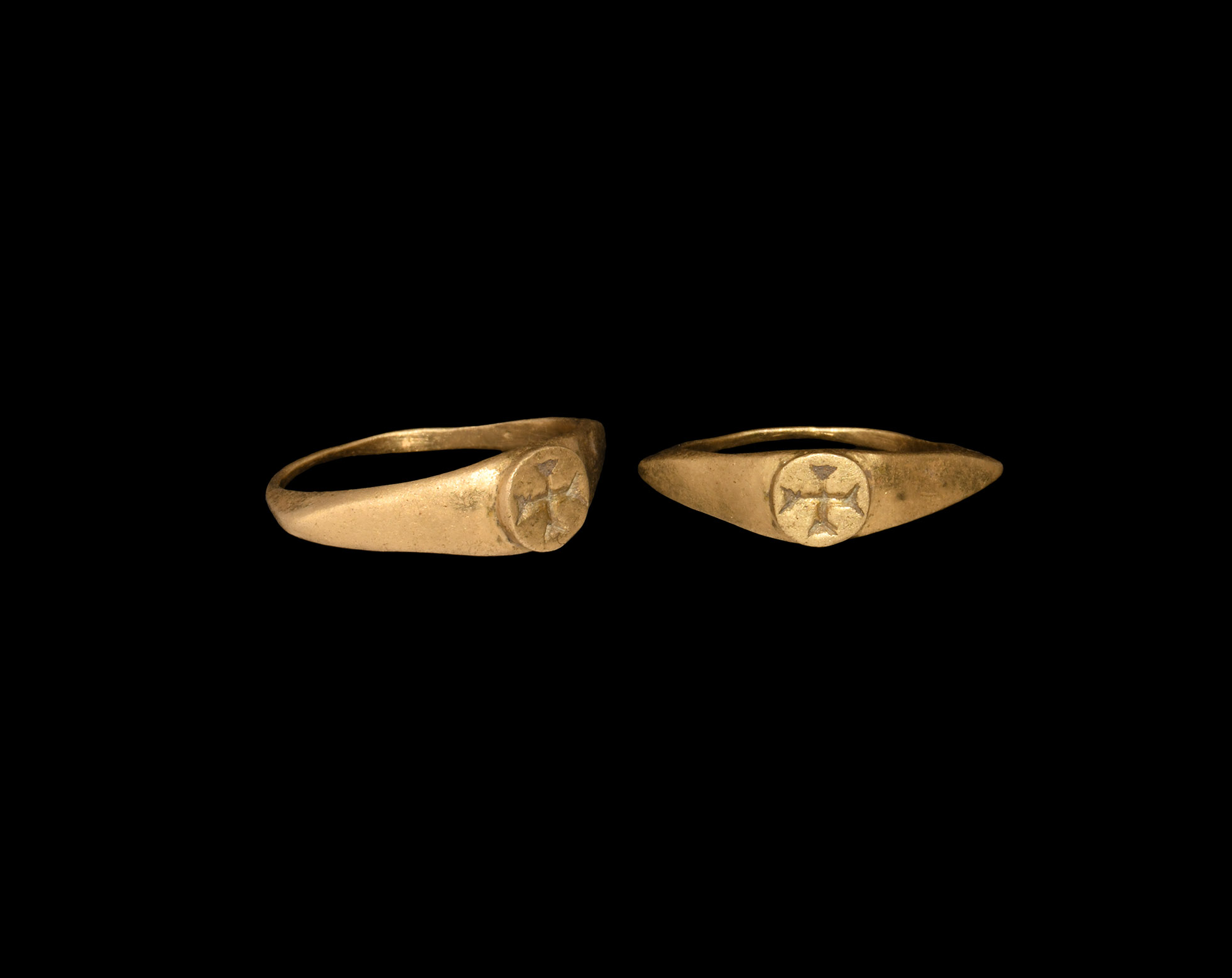 Medieval Gold Ring with Cross