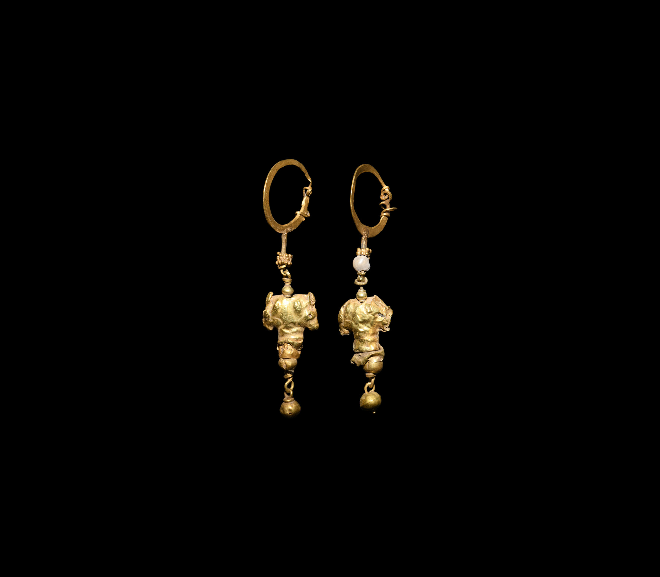 Hellenistic Gold Filigree Earrings with Horse Heads