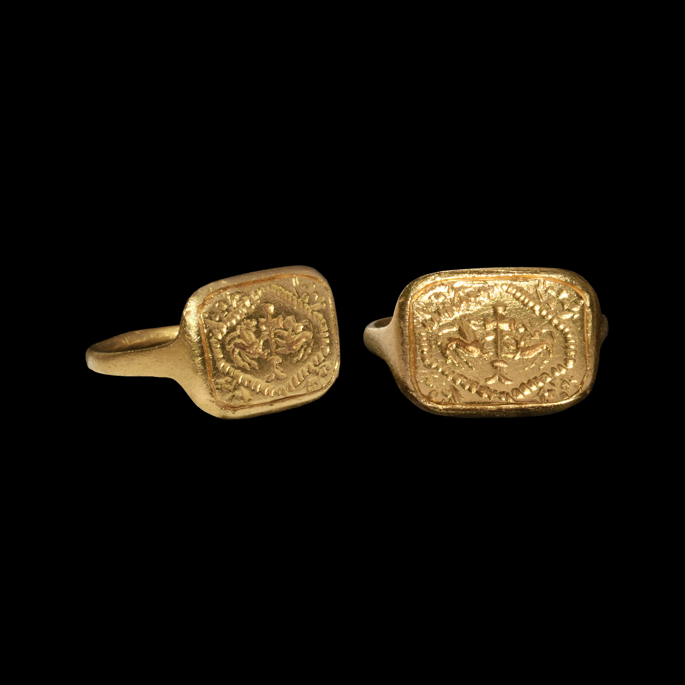 Medieval Gold Ring with Cross and Lions