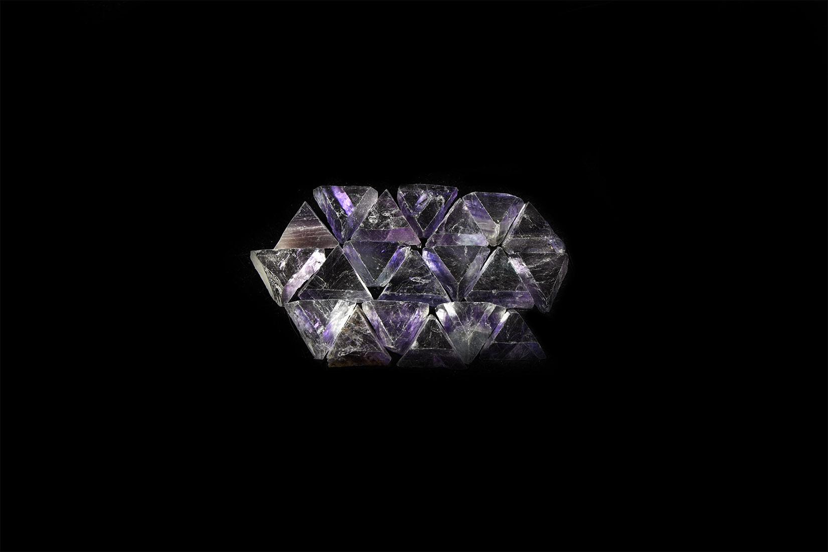 Natural History - China Fluorite Triangle Mineral Specimens