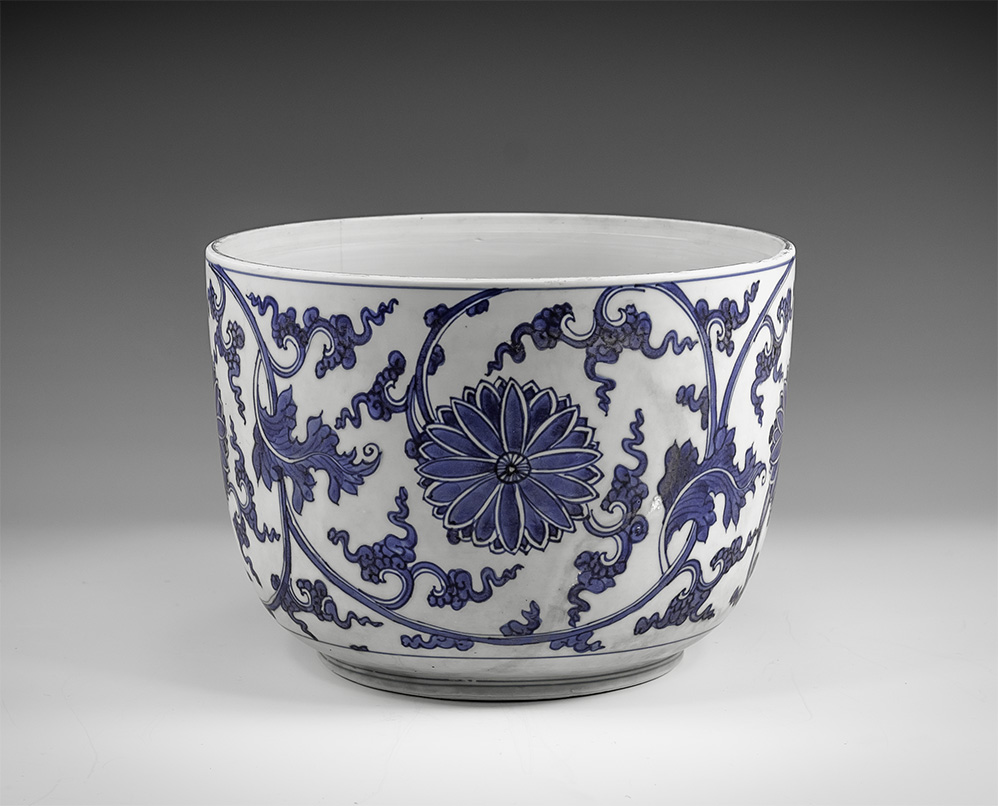 Chinese Large Blue and White Export Ware Bowl