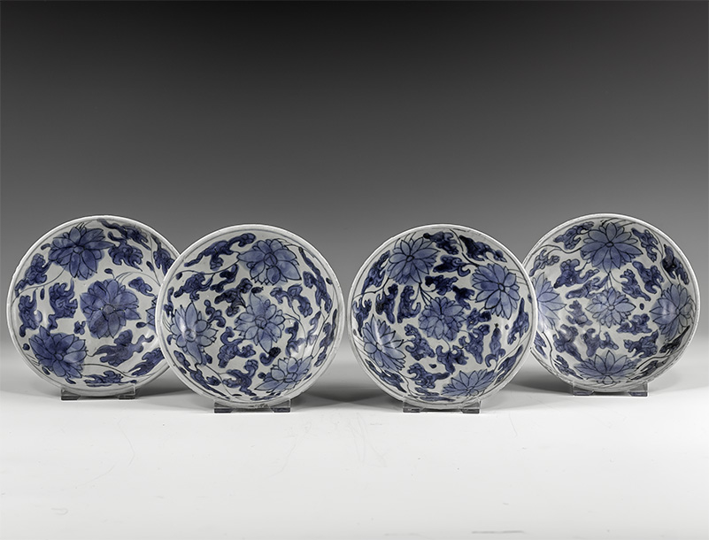 Chinese Blue and White Export Ware Dish Group
