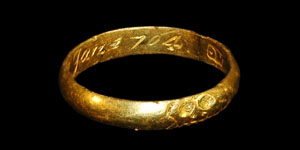 18th Century - Gold Inscribed Mourning Ring - Skull