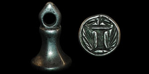 Medieval - Silver Chessman Seal - Crown over I