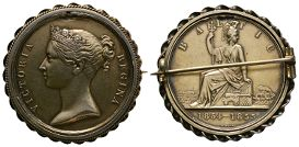 British Military Medals - Gilt Baltic Medal Brooch