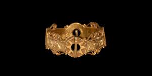 Medieval Gold Inscribed Quadruple Ring-Brooch Love Ring