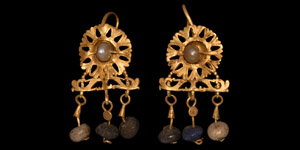 Roman Gold Earrings with Pearl Drops