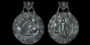 Billy and Charley - 19th Century Fantasy Pendant - King