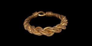 Viking Gold Plaited Wire Ring