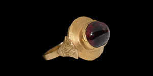 Roman Garnet Cabochon in Gold Ring