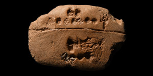 Early Dynastic Sexagesimal Counting Tablet
