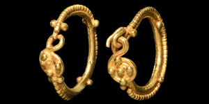 Gold Filigree Earrings with Bosses