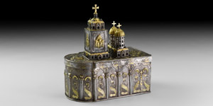 Gilt Silver Reliquary Box with Romanov Eagle