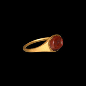 Gold Ring with Portrait Gemstone
