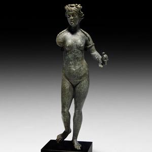 Roman Nude Venus Statuette