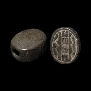 Phoenician Jasper Scaraboid Seal with Thunderbolt