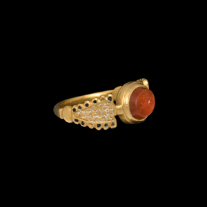 Elizabethan Gold Ring with Roman Gemstone for E*P