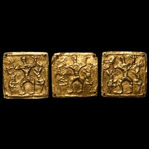 Western Asiatic Gold Hero Mount Set