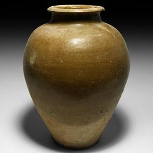 Chinese Tang Green-Glazed Jar