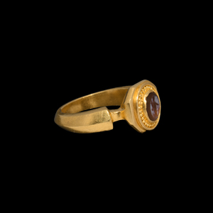 Gold Ring with Fortuna Gemstone