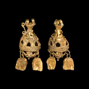 Gold Elaborate Earring Pendant Pair