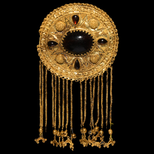 Gold Brooch with Pendants