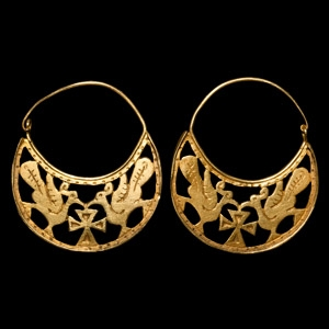 Gold Earring Pair with Doves