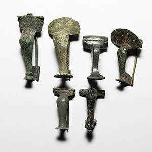 Roman Knee Brooch Collection