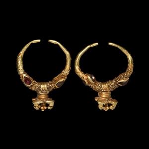 Achaemenid Gold and Garnet Earrings