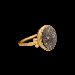 Gold Ring with Cabochon