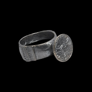 Post Medieval Silver Ring with Flower