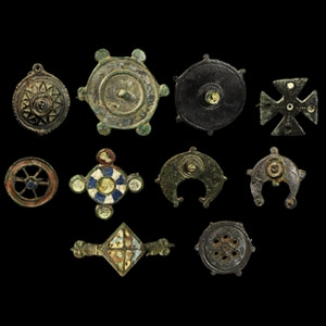 Plate Brooch Collection