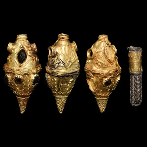 Hellenistic Gold Necklace Pendant Group