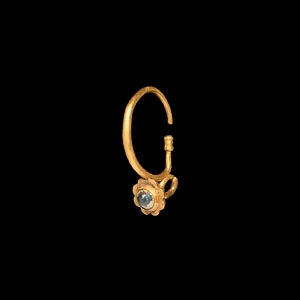 Gold Earring with Flower