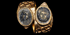 Greek Double Cameo Gold Spiral Ring