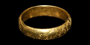 Post Medieval Gold Engraved Posy Ring