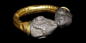 Greek Double Rams Head Gold Ring