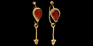 Roman Pair of Gold Cloison Earrings