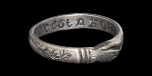 Medieval mon coeur est a vous Clasped Hands Silver Posy Ring