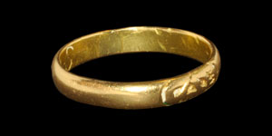 Post Medieval Gold Mourning Ring