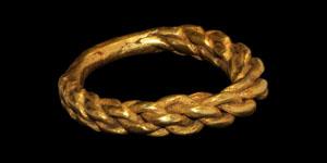 Viking Gold Finger Ring