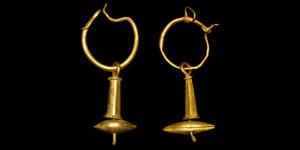 Roman Gold Scaphoid Earrings