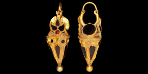 Parthian Gold Filigree and Garnet Earrings