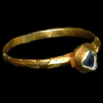 English Medieval - Gold Inscribed Ring with Sapphire