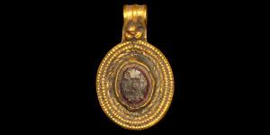Roman Intaglio Pendant