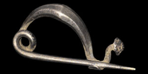 Celtic Silver Bow Brooch