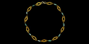 Roman Gold and Emerald Necklace