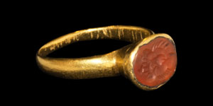 Roman Gold Lion-Head Intaglio Ring